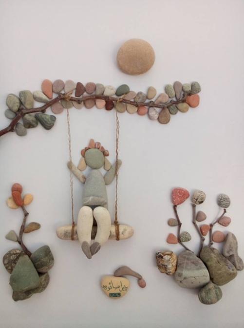 Pebble-art-by-Syrian-sculptor-Nizar-Ali-Badr-5